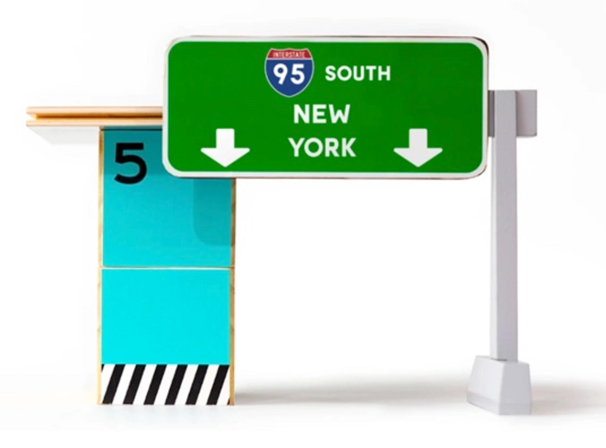 NEW YORK TOLL BOOTH WOODEN TOY